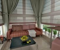 Комфортное место отдыха на балконе