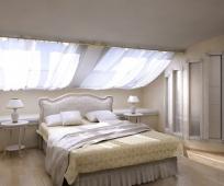 Встроенный шкаф в мансардной спальне классического стиля