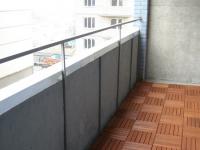 Декинг на полу открытого балкона