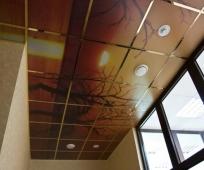Декоративный матовый потолок балкона