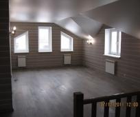 Матовый натяжной потолок на мансардном этаже