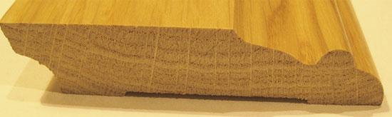 Декоративный плинтус из массива дерева