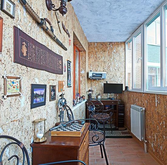 Оформление кабинета на лоджии в колониальном стиле