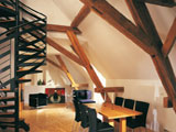 Мансардный этаж с обшивкой стен и потолка гипсокартоном